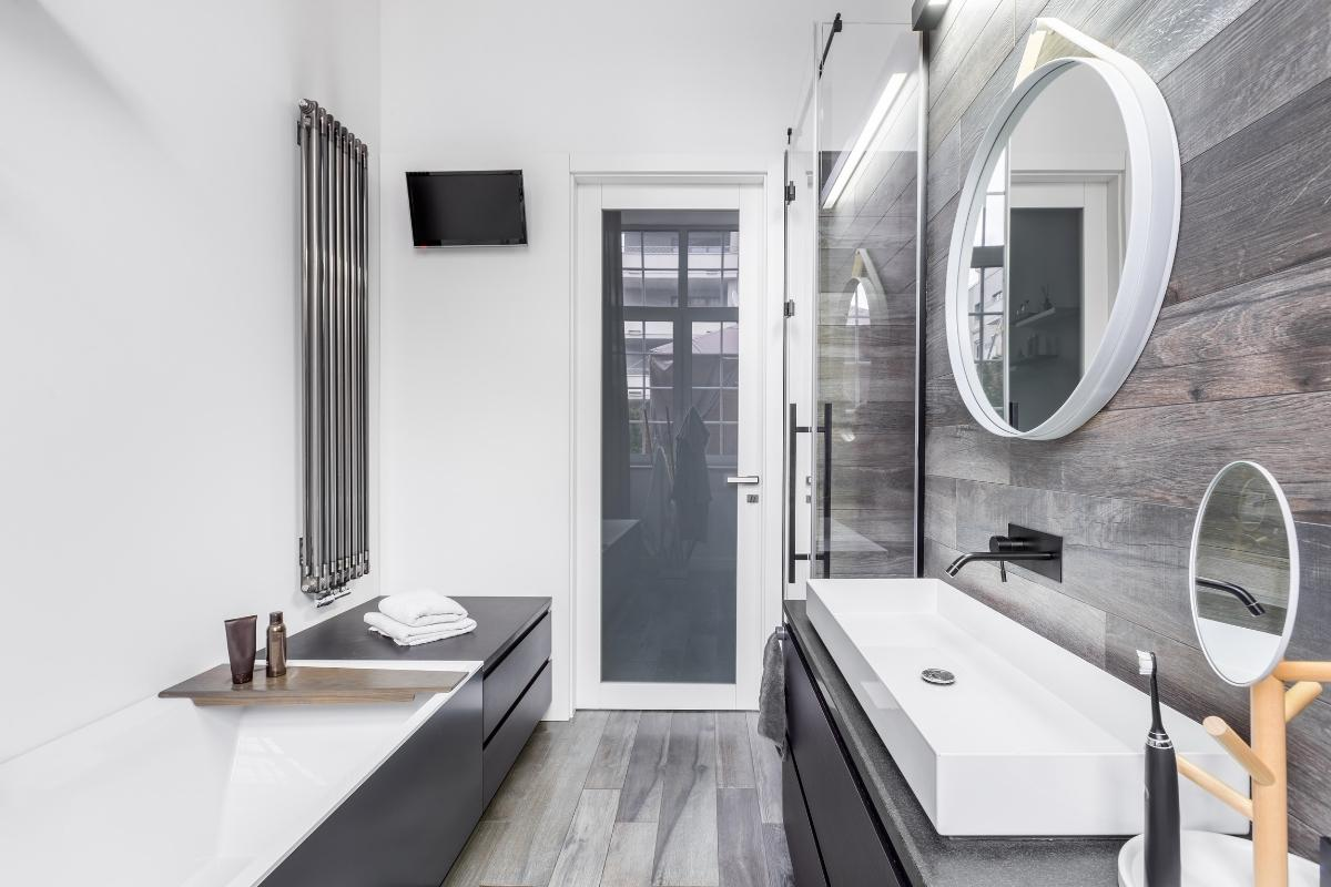 Bathroom-Reno-wood tiles
